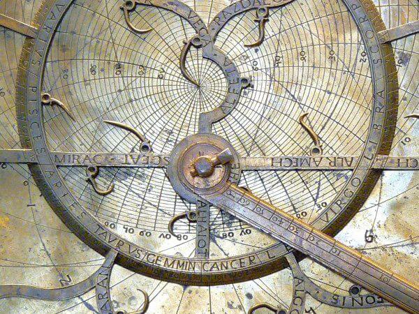 Details of an astrolabe plate